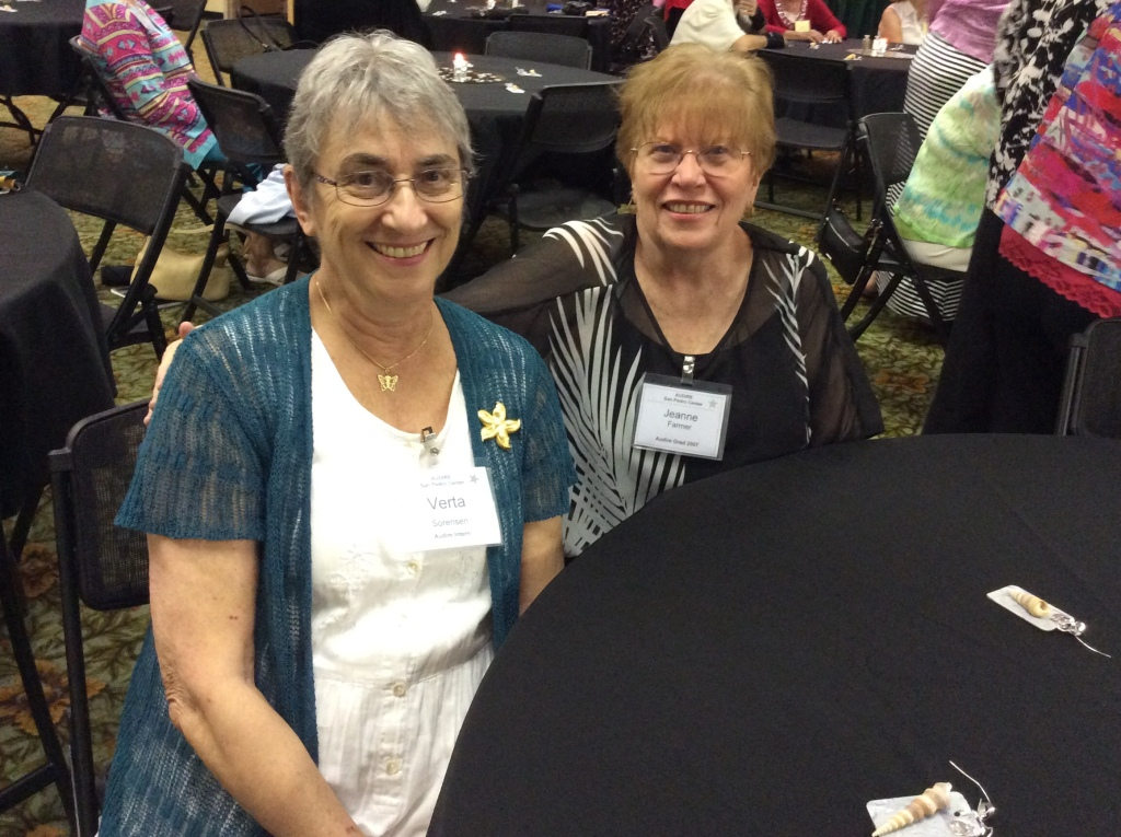 Verta Sorenson and Jeanne Farmer say hello. (Image credit: Ellen Kalenberg)